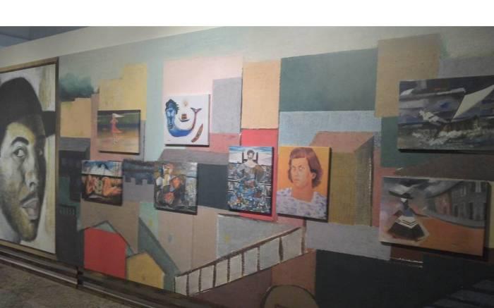 Na ultima parte da exposição as pinturas de Dorival Caymmi.